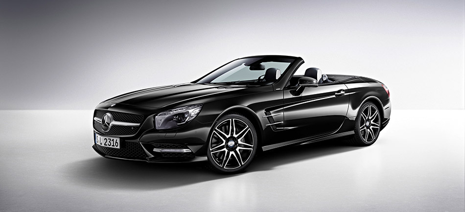 2015 Mercedes-Benz SL 400 Front Angle