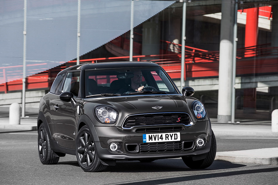 2015 Mini Paceman Front Angle