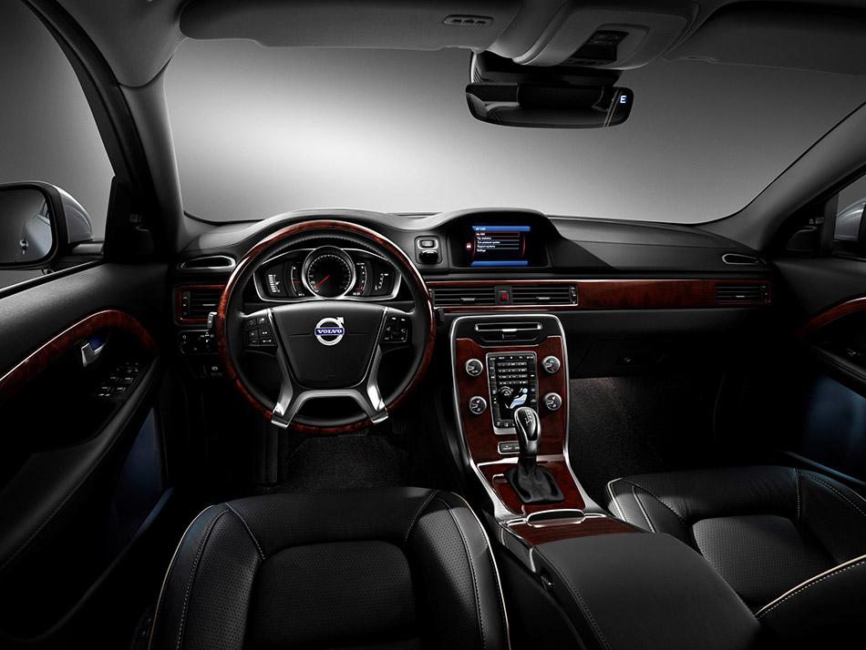 2015 Volvo S80 Interior