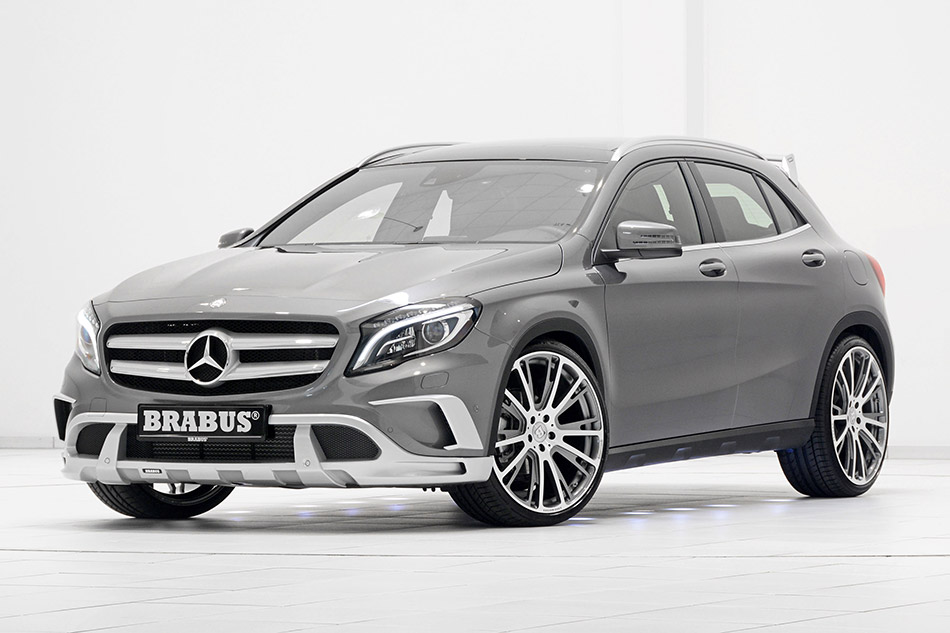 2014 Brabus Mercedes-Benz GLA-Class Front Angle