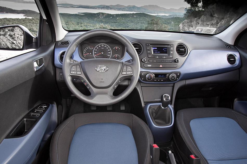 2014 Hyundai i10 Interior