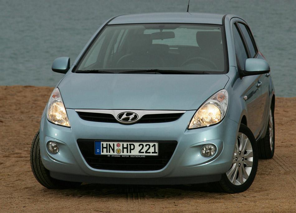 2009 Hyundai i20 Front Angle