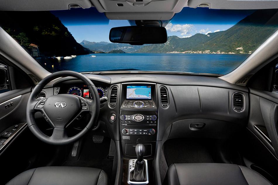 2011 Infiniti EX30d Interior