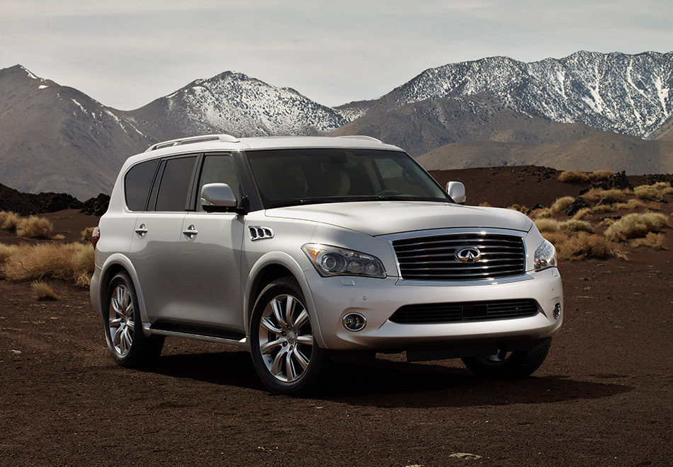 2011 Infiniti QX Front Angle