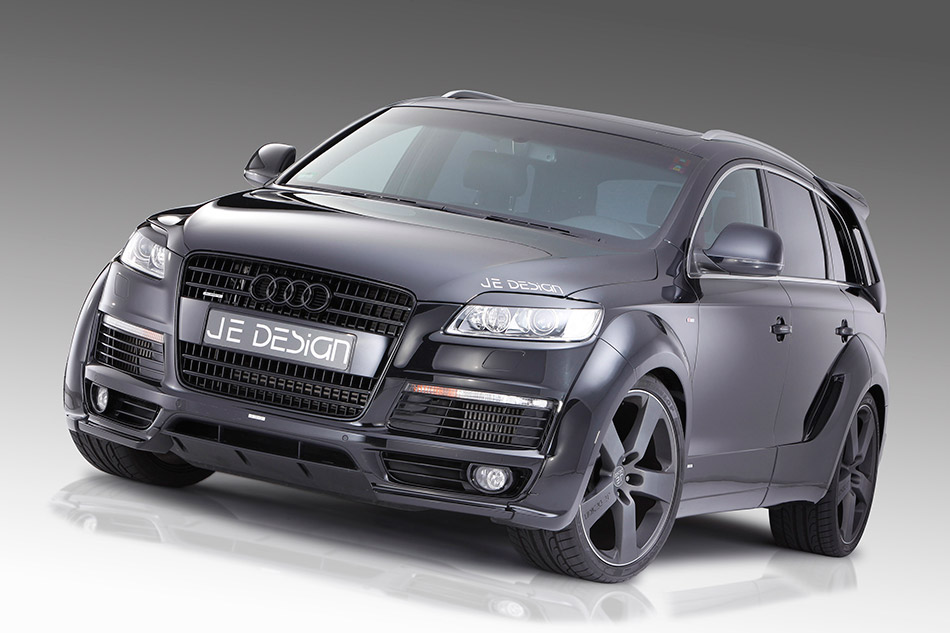2010 JE DESIGN Audi Q7 S-Line Front Angle