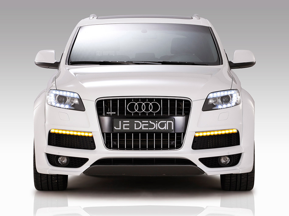2012 JE Design Audi Q7 S-Line Front Angle