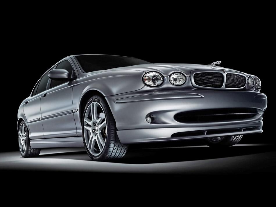 2005 Jaguar X-Type Sport Front Angle