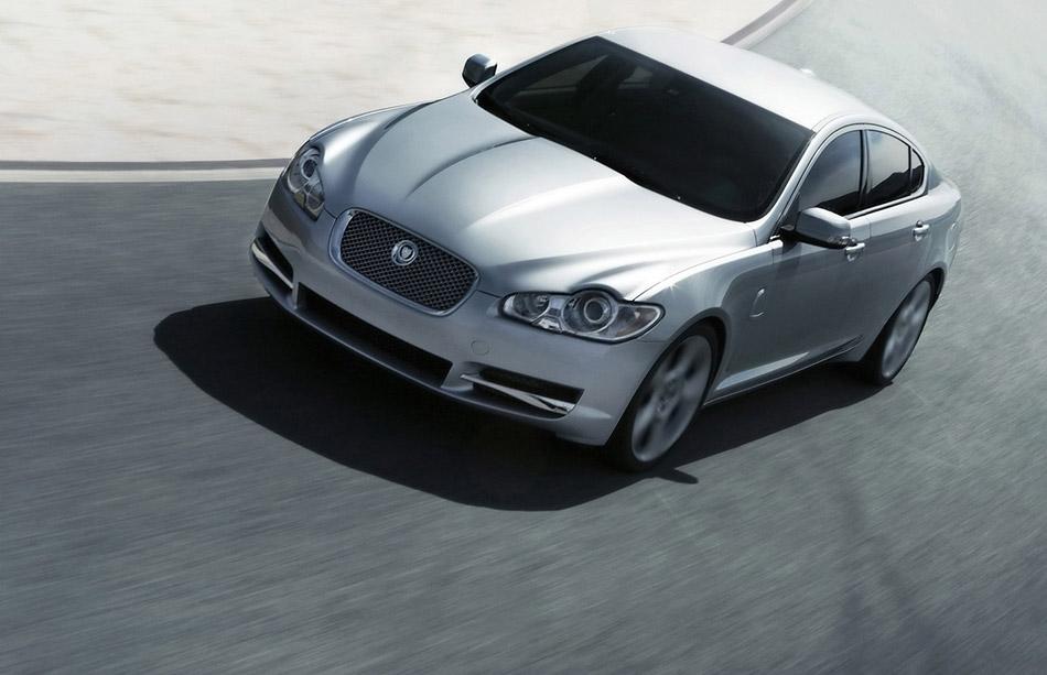 2009 Jaguar XF Front Angle