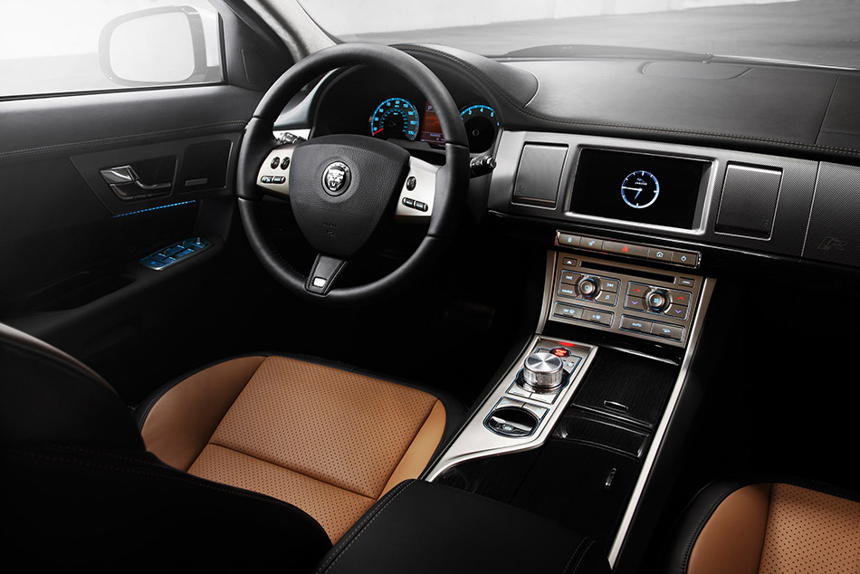 2010 Jaguar XFR Interior