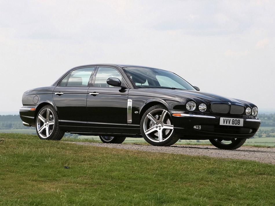 2007 Jaguar XJR Portfolio Front Angle