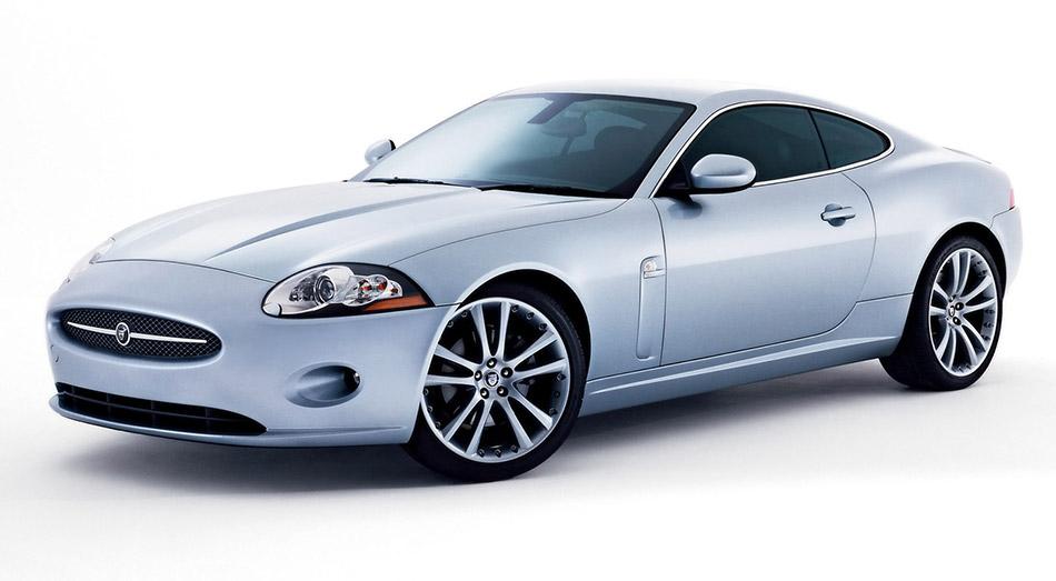 2007 Jaguar XK Front Angle