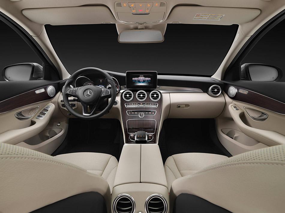 2015 Mercedes-Benz C-Class Estate Interior