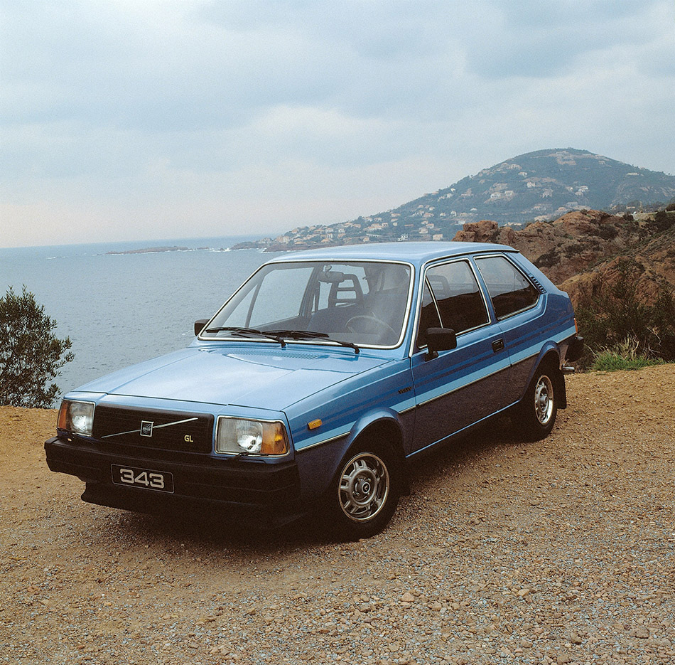 1976 Volvo 343 Front Angle