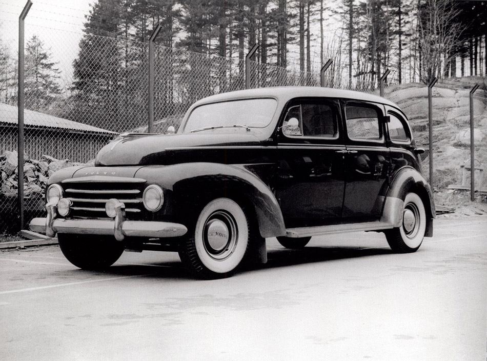 1950 Volvo PV831-4 Front Angle