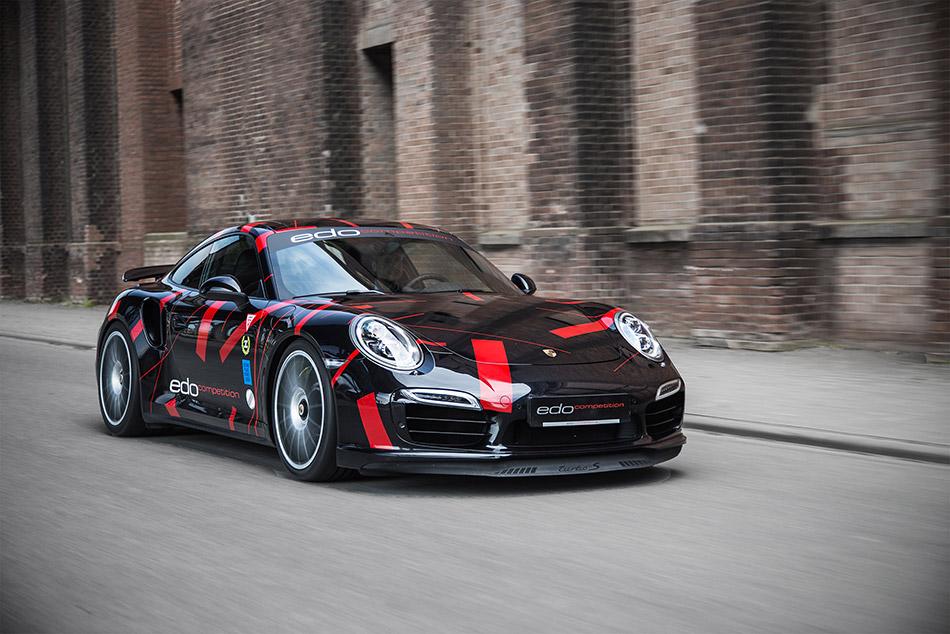2014 edo Porsche 991 Turbo S Front Angle