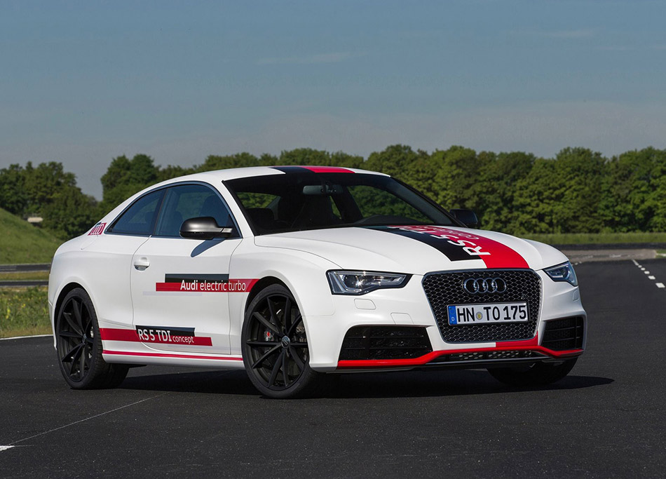 2014 Audi RS5 TDI Concept Front Angle