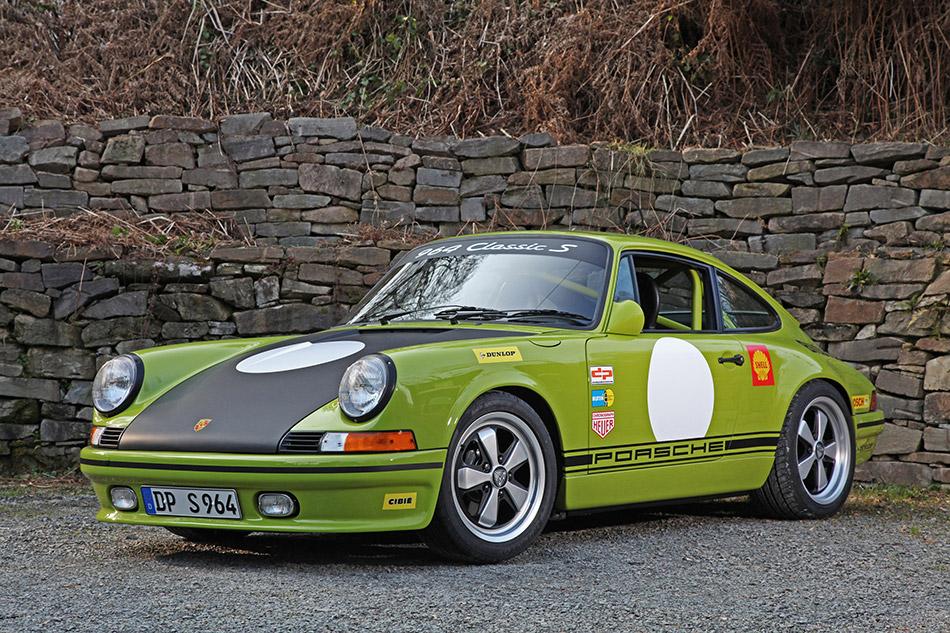 2014 DP Porsche 964 Classic S Front Angle