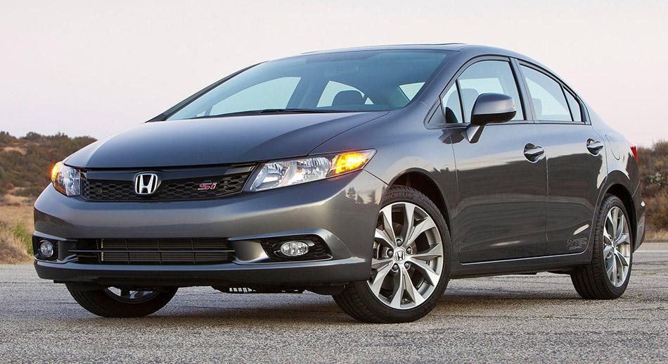 2012 Honda Civic Si Sedan Front Angle