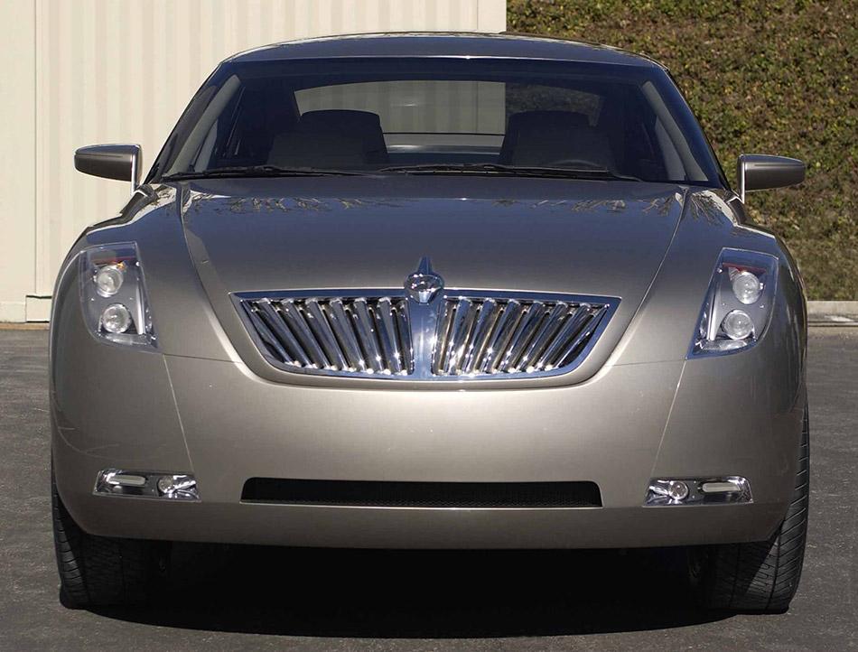 2002 Hyundai HCD-7 Concept Front Angle