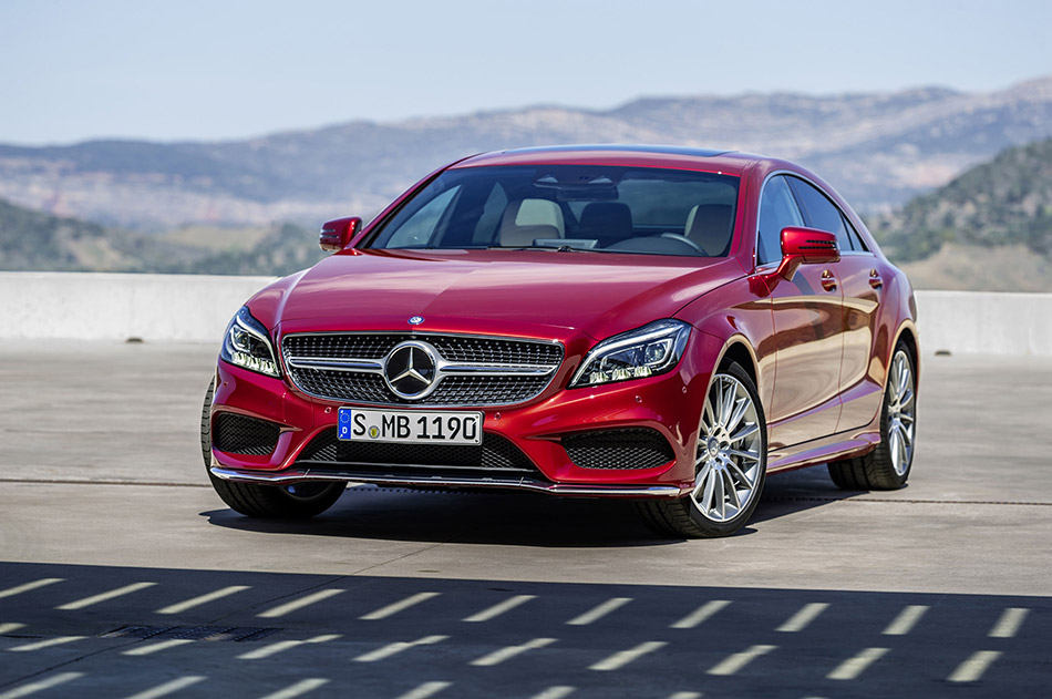 2015 Mercedes-Benz CLS-Class Front Angle