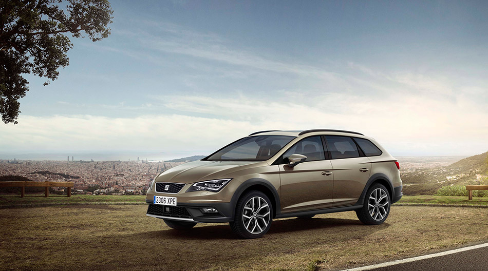 2014 Seat Leon X-Perience Fornt Angle