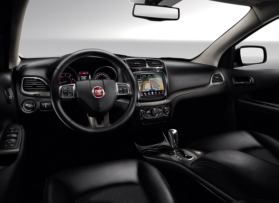 2015 Fiat Freemont Cross Interior