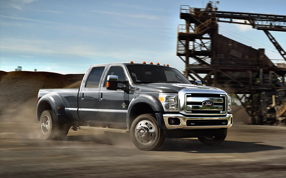 2015 Ford Super Duty Front Angle