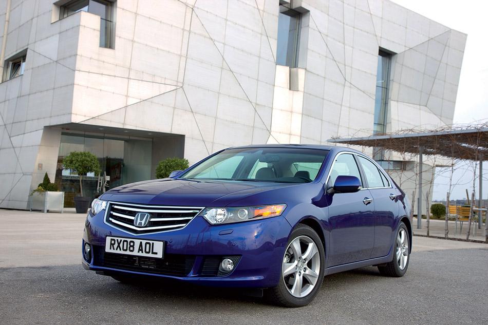 2009 Honda Accord Front Angle