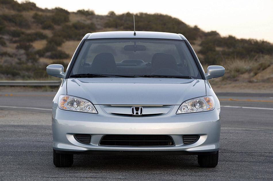 2005 Honda Civic Hybrid Front Angle