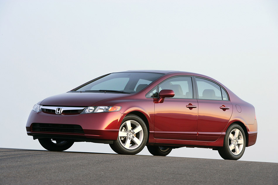 2006 Honda Civic Sedan Front Angle