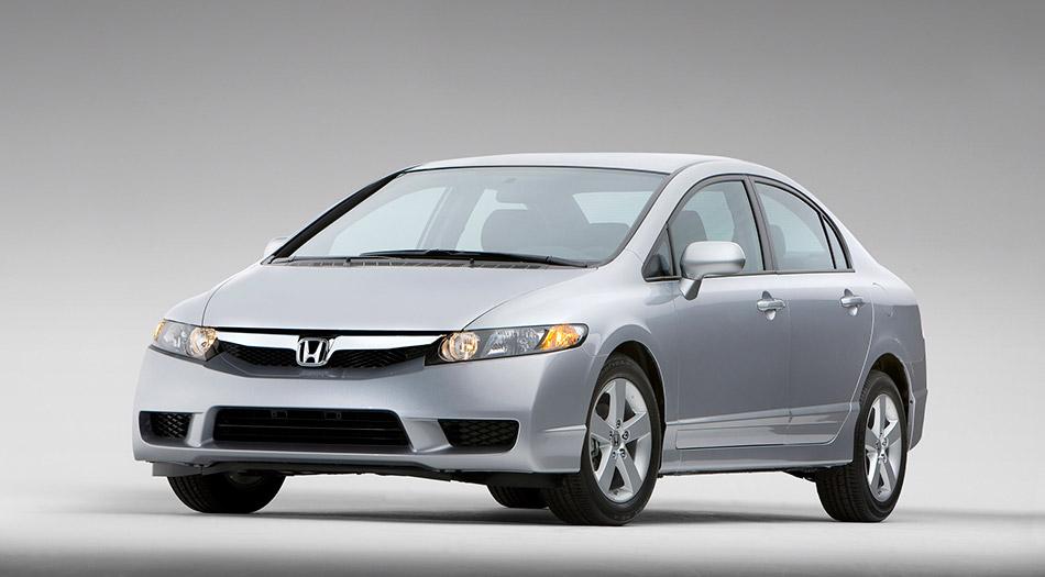 2009 Honda Civic Sedan Front Angle