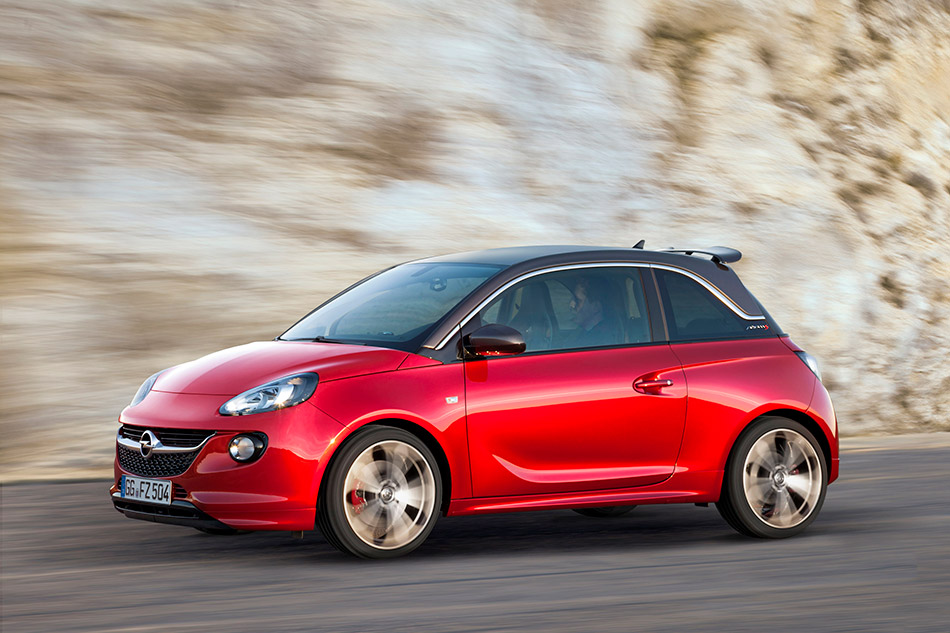 2015 Opel Adam S Front Angle