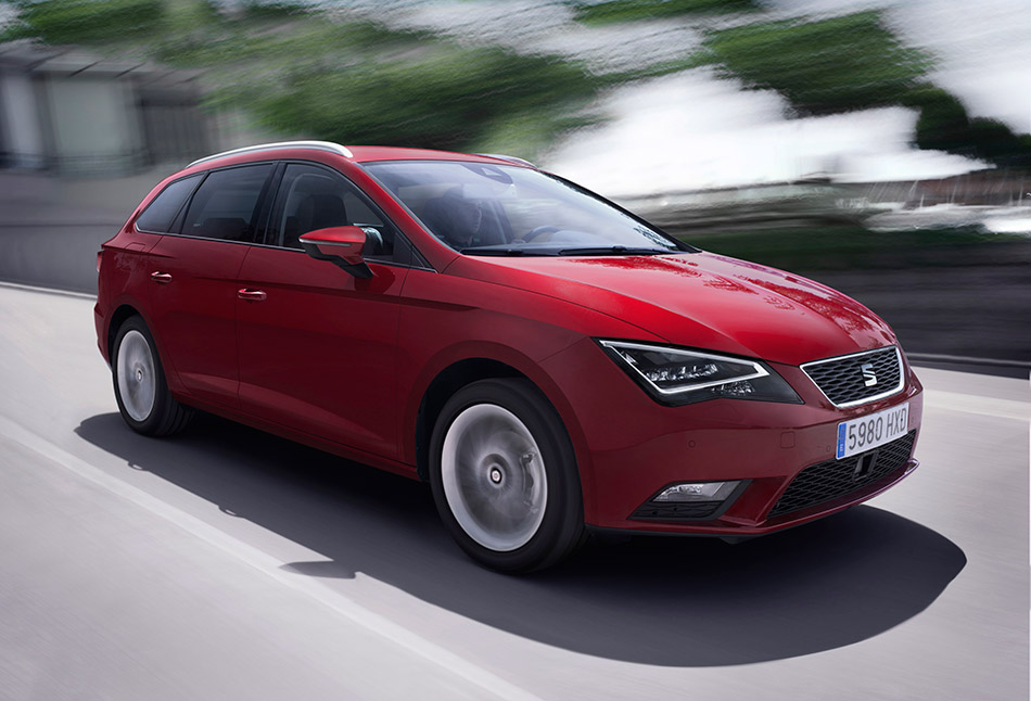 2014 Seat Leon ST 4Drive Front Angle