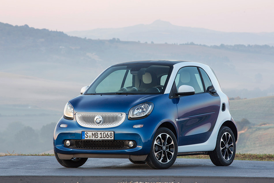 2015 Smart Fortwo Front Angle