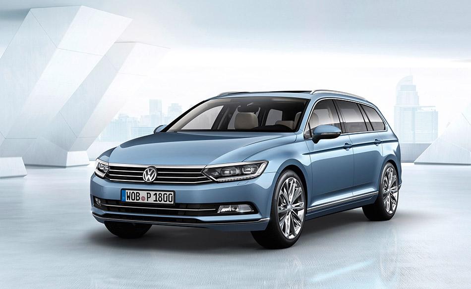 2015 Volkswagen Passat Variant Front Angle