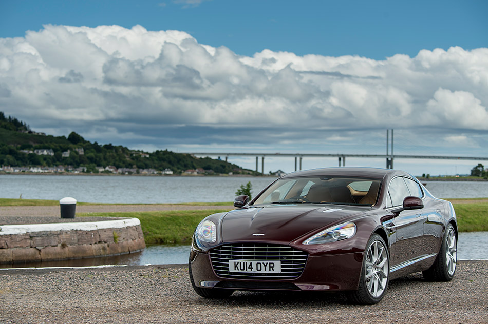2015 Aston Martin Rapide S Front Angle