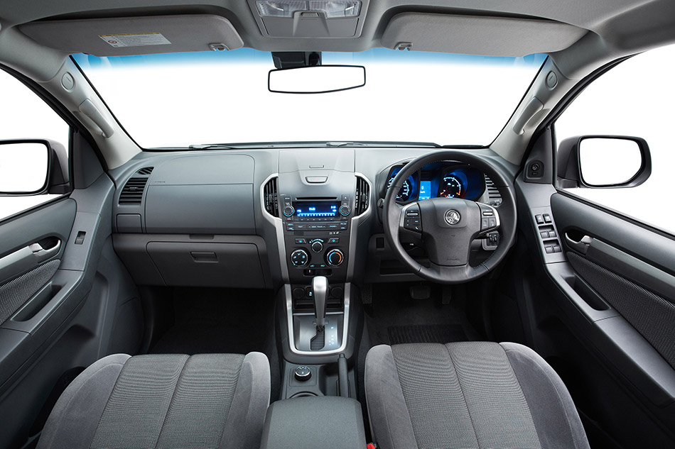 2012 Holden Colorado 7 SUV Interior