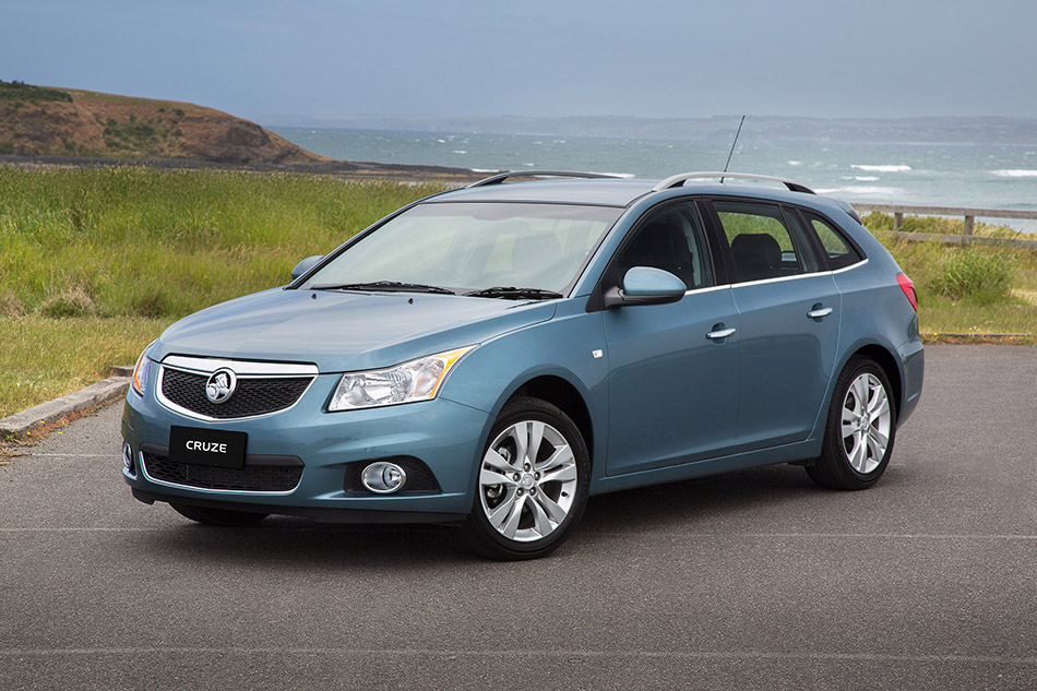 2012 Holden Cruze Sportwagon Front Angle