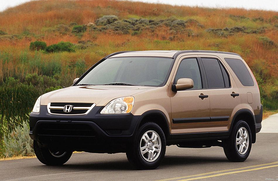 2003 Honda CR-V Front Angle