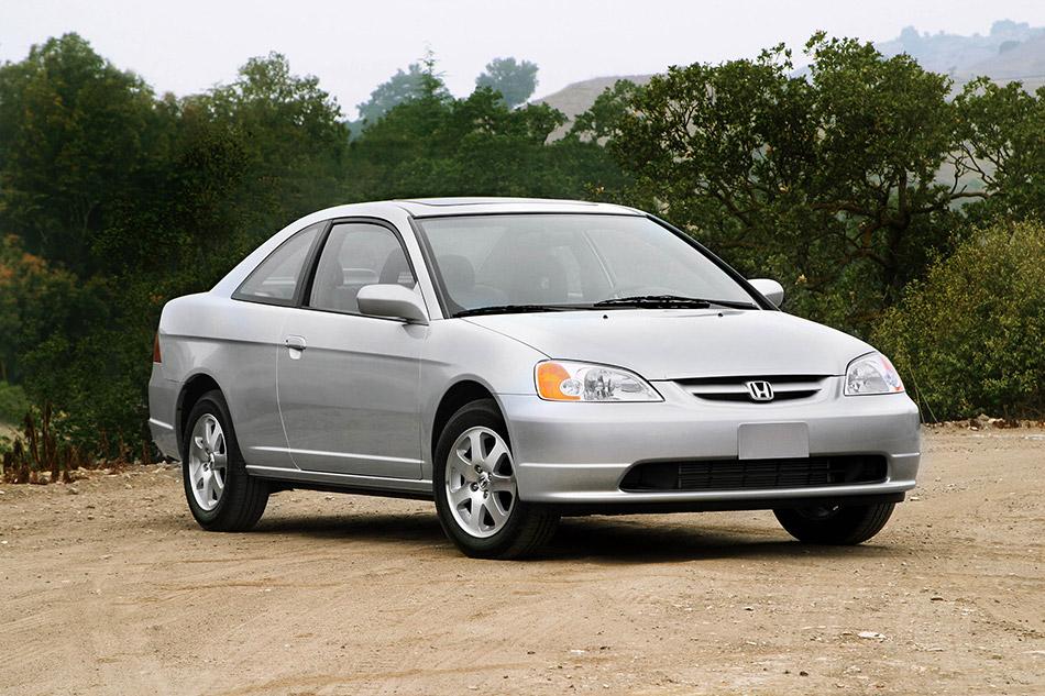 2003 Honda Civic Coupe Front Angle