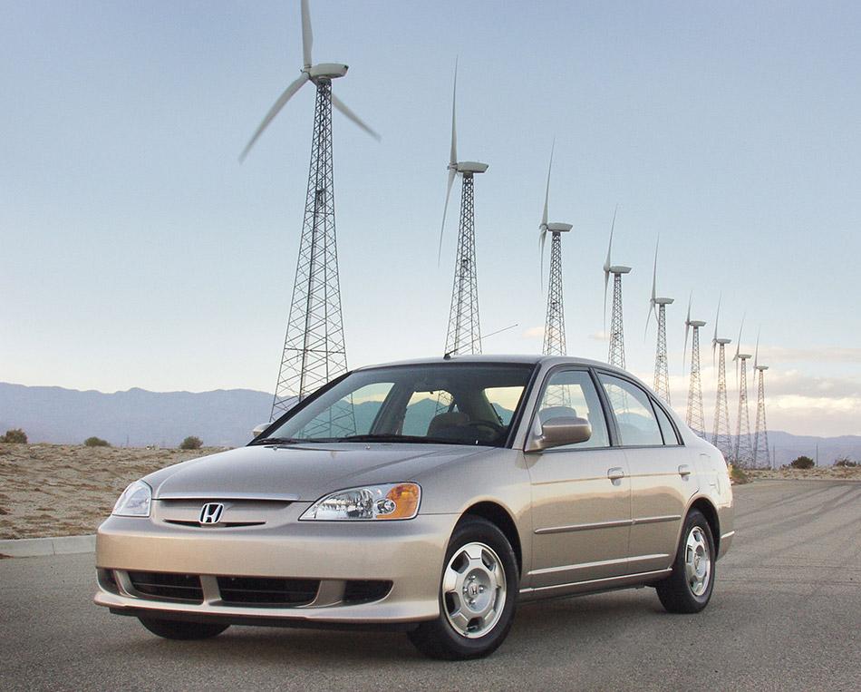 2003 Honda Civic Hybrid Front Angle
