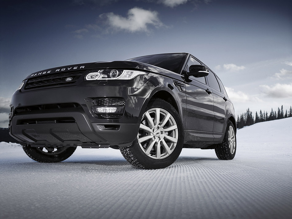 2014 AEZ Range Rover Sport Front Angle