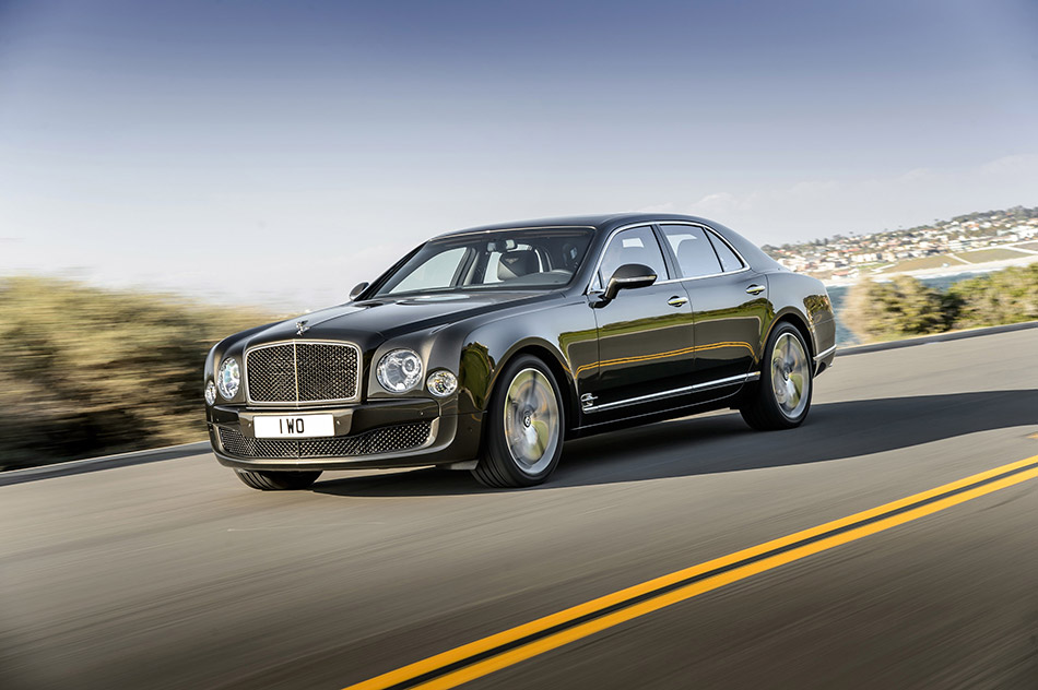 2015 Bentley Mulsanne Speed Front Angle