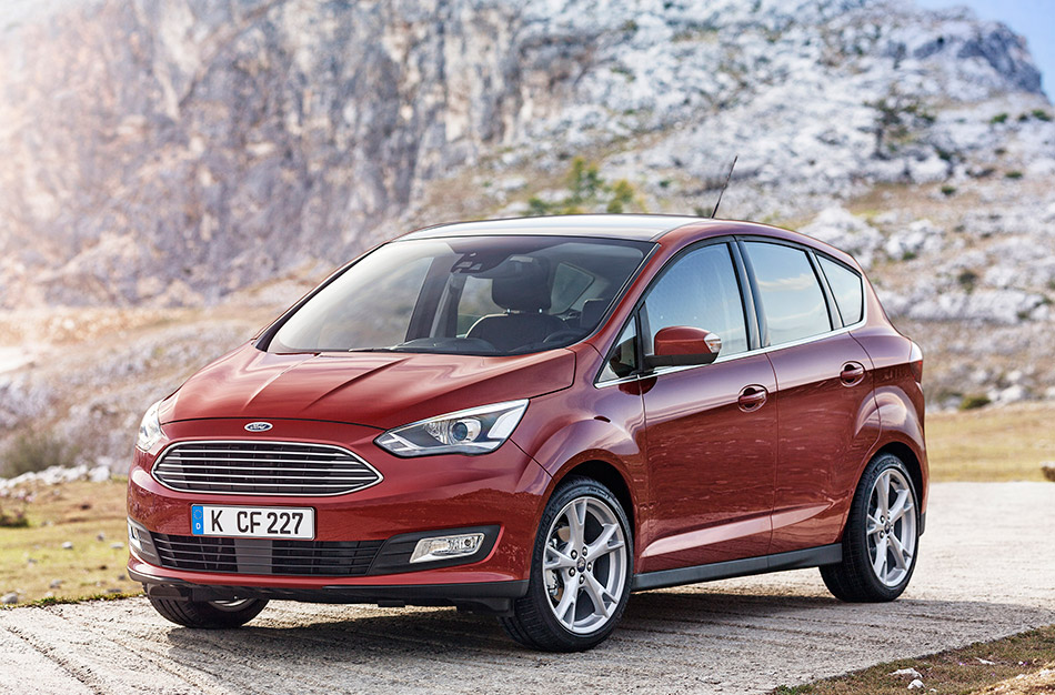 2015 Ford C-MAX Front Angle