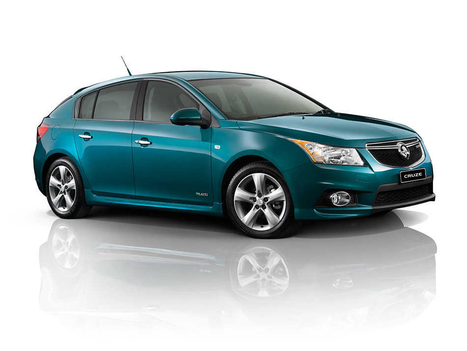 2012 Holden Cruze Hatch Front Angle