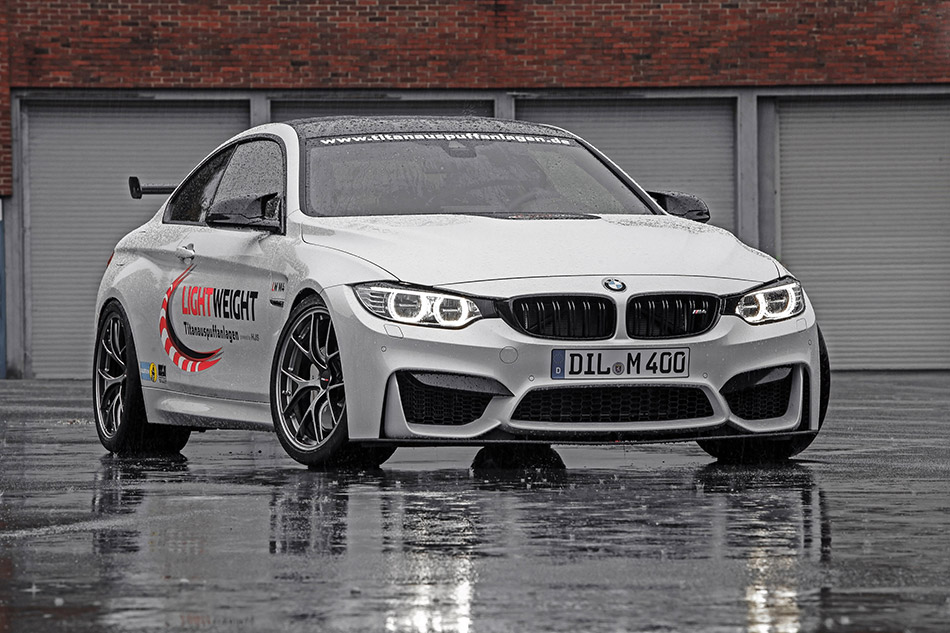2014 Lightweight BMW M4 Front Angle