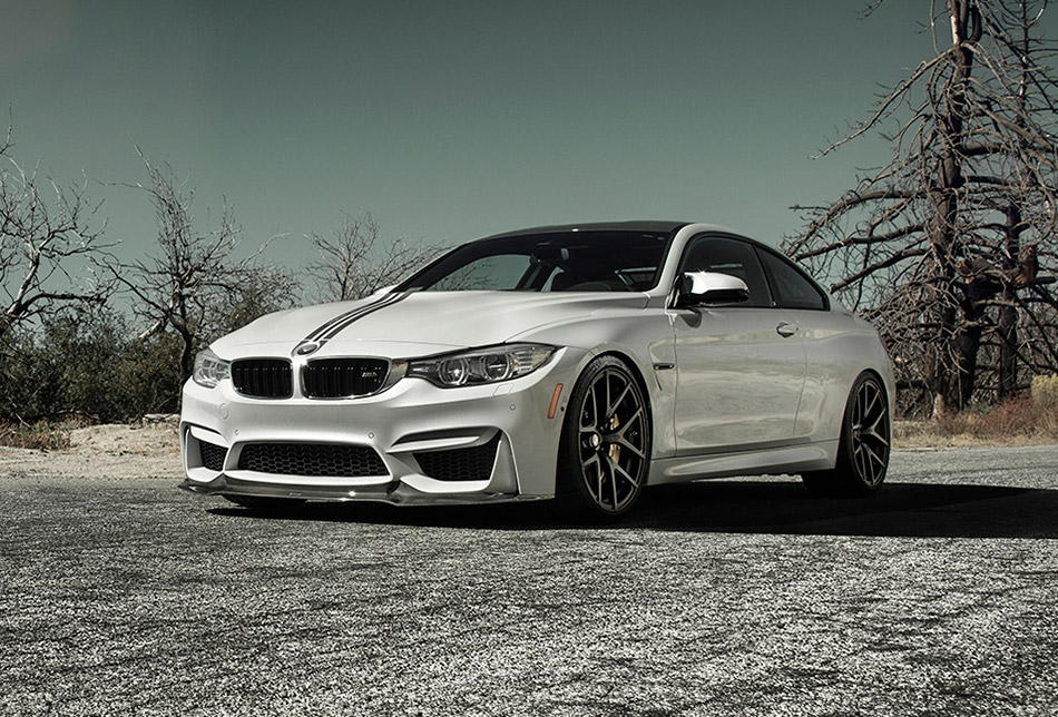 2014 Vorsteiner BMW F82 M4 Front Angle