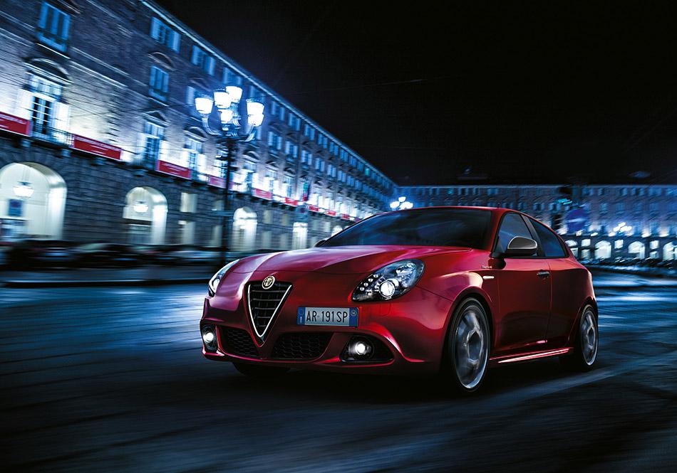 2015 Alfa Romeo Giulietta Sprint Hd Pictures Carsinvasion