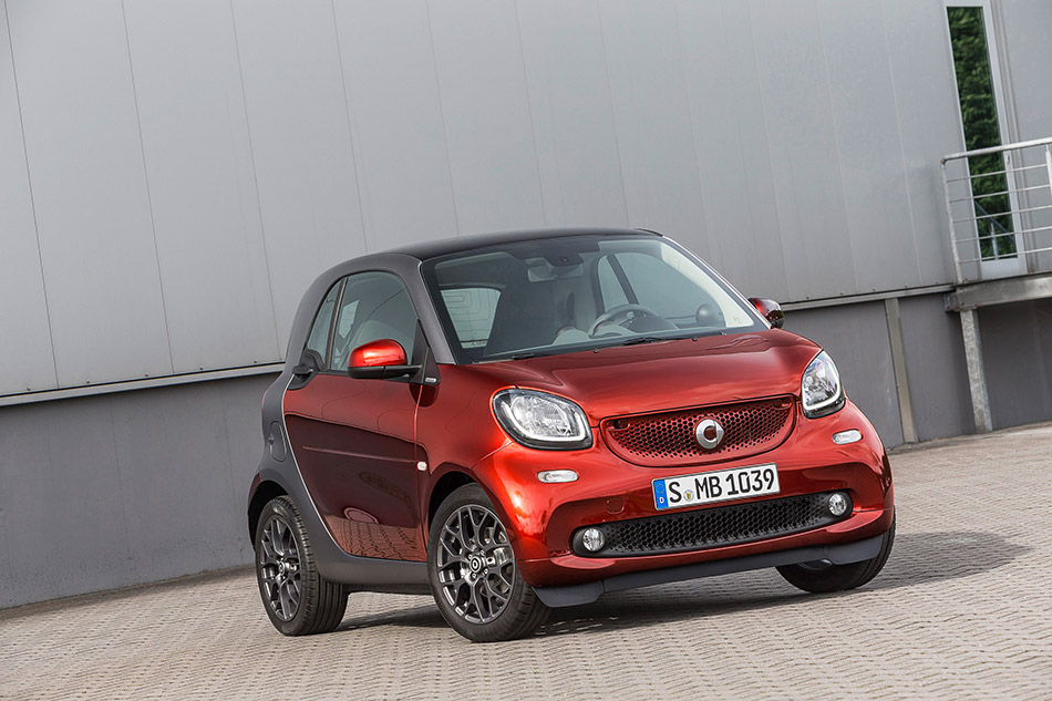 2015 Brabus Smart ForTwo Front Angle