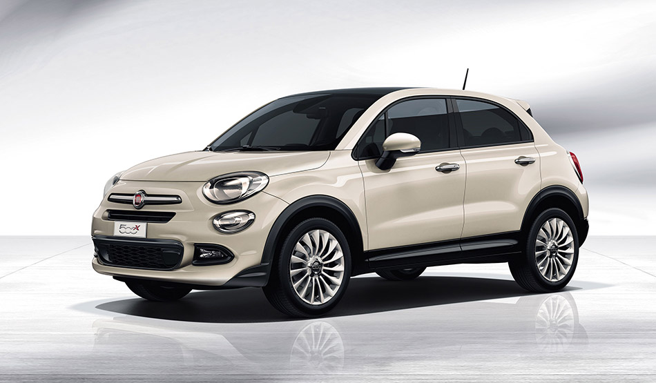 2015 Fiat 500X Front Angle